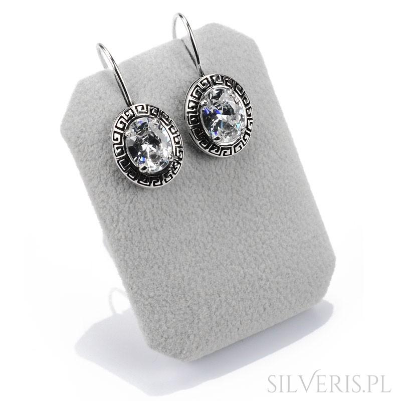 1caacf95313c90 Kolczyki srebrne na biglu ozdobione piękną dużą cyrkonią silveris.pl