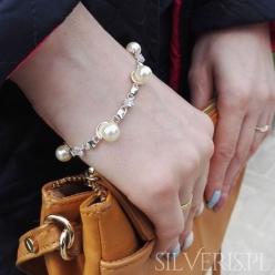 Bransoletka z perłami...