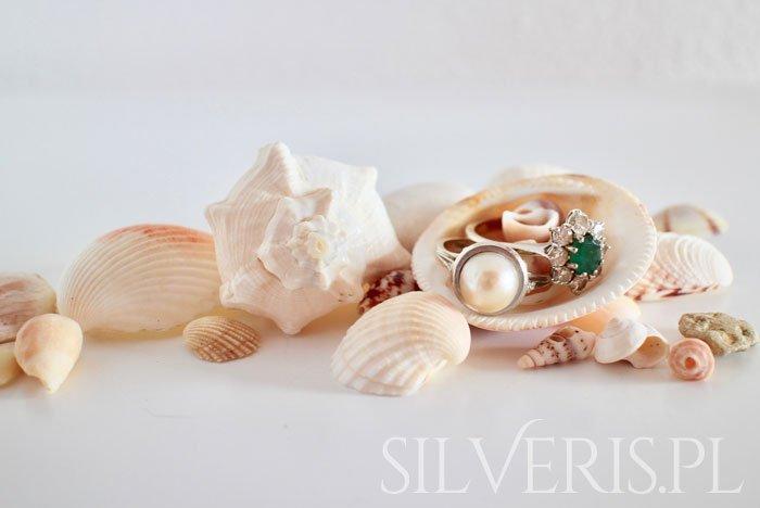 jak wyczyścić biżuterię ze srebra?