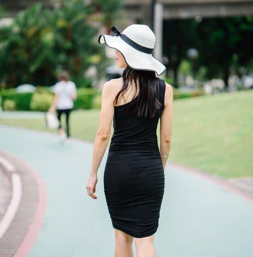 Jakie kolczyki pasują do czarnej sukienki?