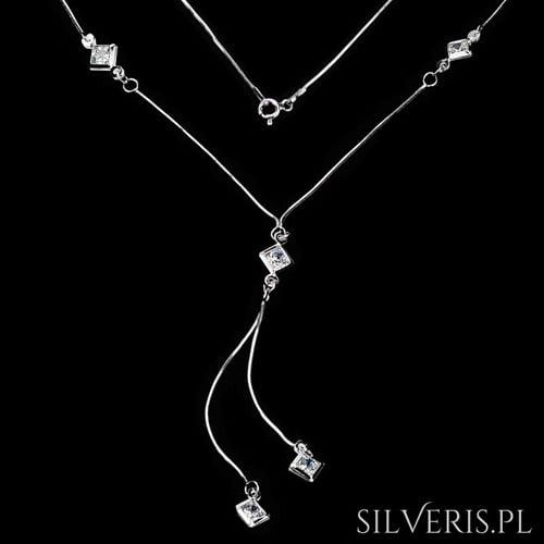 Naszyjnik srebrny z Cyrkoniami - idealny dla puszystych kobiet