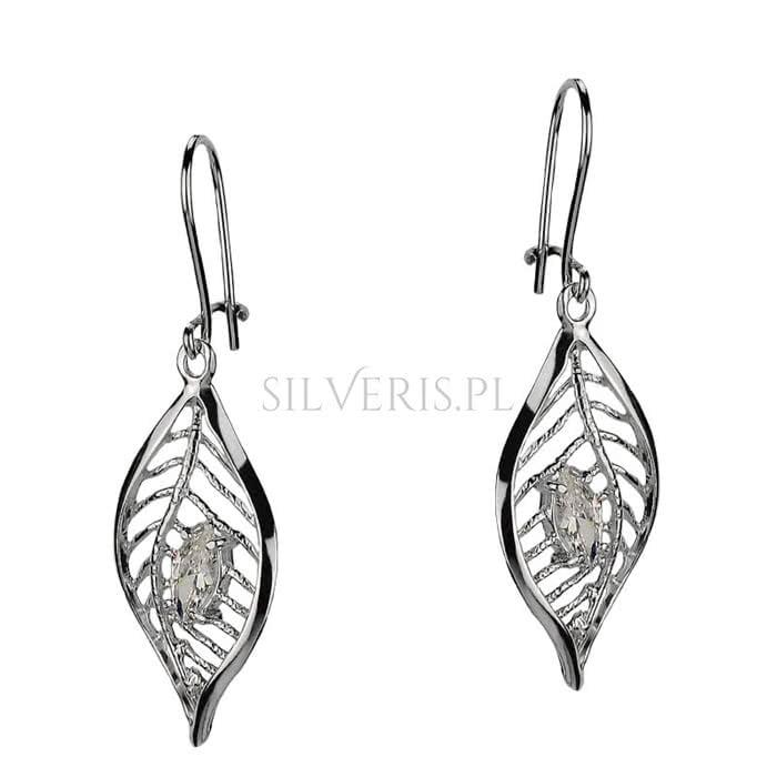 Kolczyki srebrne Listki jako bizuteria do sukienki w grochy